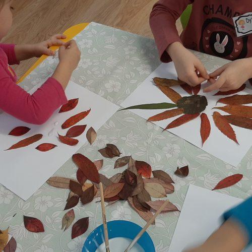 U Leśnych Ludków - tworzenie obrazów z liści